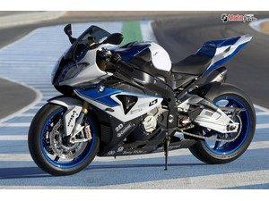 bmw-hp4-une-authentique-moto-de-course_fi_27149