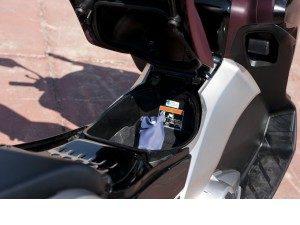 honda-integra-mi-moto-mi-scooter_fi_25259-1