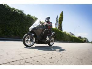 honda-integra-mi-moto-mi-scooter_fi_25298