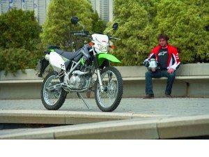 kawasaki-klx-125-trail-urbana_fi_1743274-1