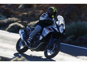 ktm-1190-adventure-a-toute-vitesse-ktm-1190-advent_fi_31834-1