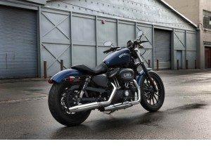 La Harley-Davidson 883 Iron : Un entrainement 2010