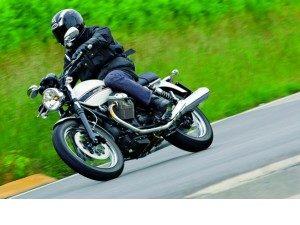 moto-guzzi-v7-classic-para-nostalgicos_fi_893-1