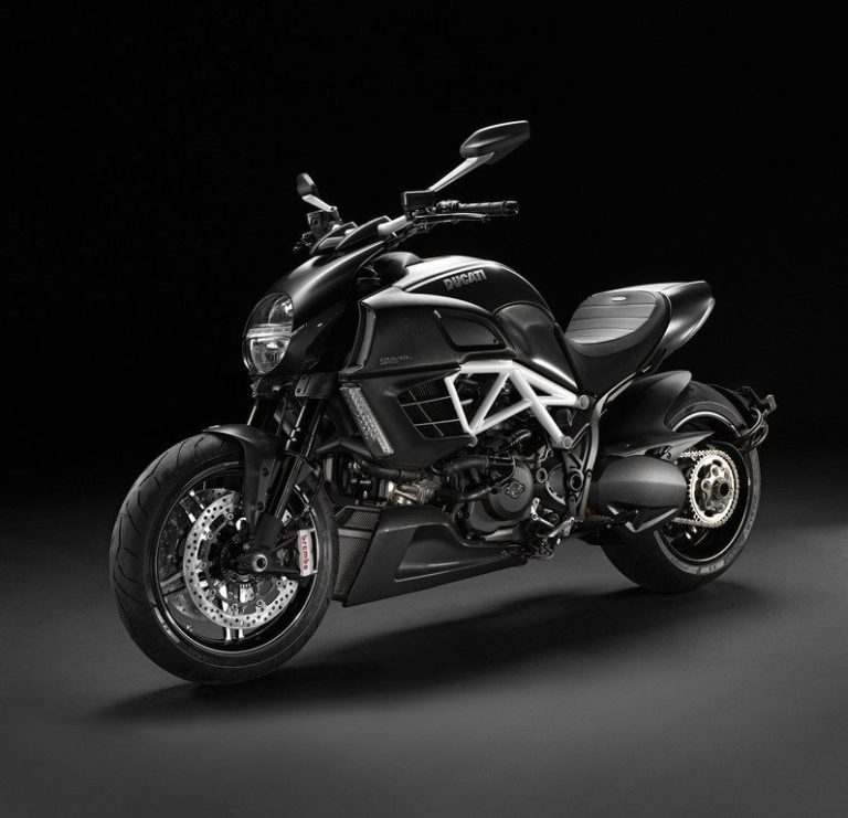 Nouvelle Ducati Diavel AMG