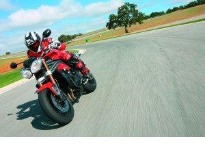 triumph-speed-triple-1050-el-icono-se-renueva_fi_1987280