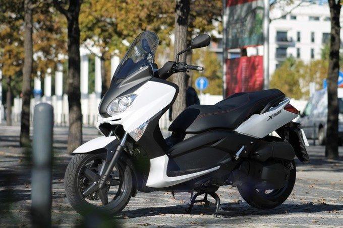 Yamaha X-Max 125 : un citadin Sport